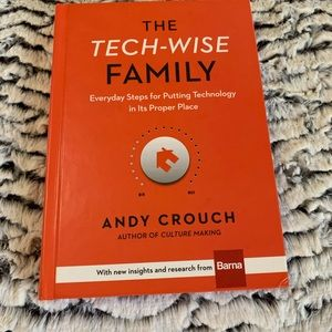 Other - Tech Wise FAmily Book